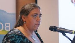 Dr. Karoliny Anna